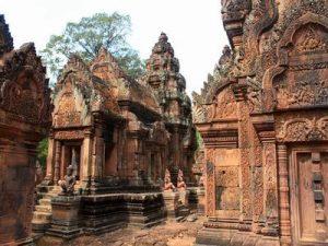 banteay-srei-cambodia-travel